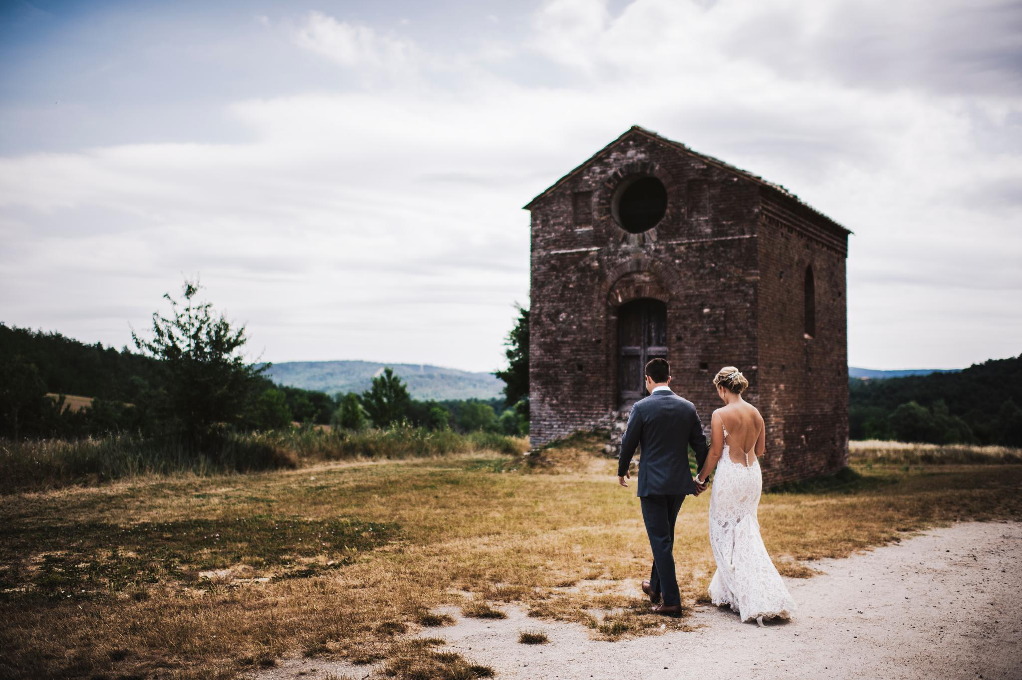 wedding-photographer-in-san-galgano-tuscany20